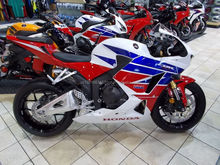 BUY AUTHENTIC 2016 / 2017 CBR600 CBR 600 CBR600RR