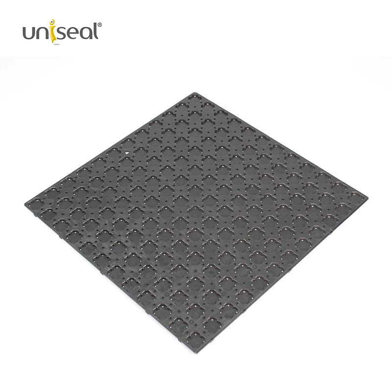 High strength plastic under screed drainage mat sheet