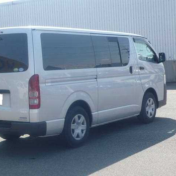 used Hiace Commutor 2.5 D4D HI ROOF