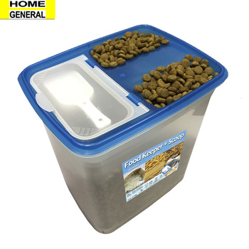 DRY FOOD KEEPER WITH SCOOP