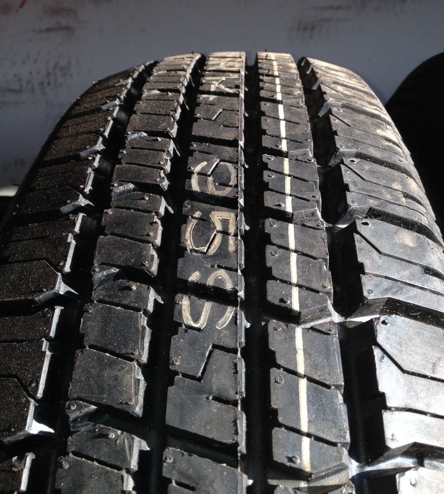 hot-selling used car tires 40FT order available car tyres exporter