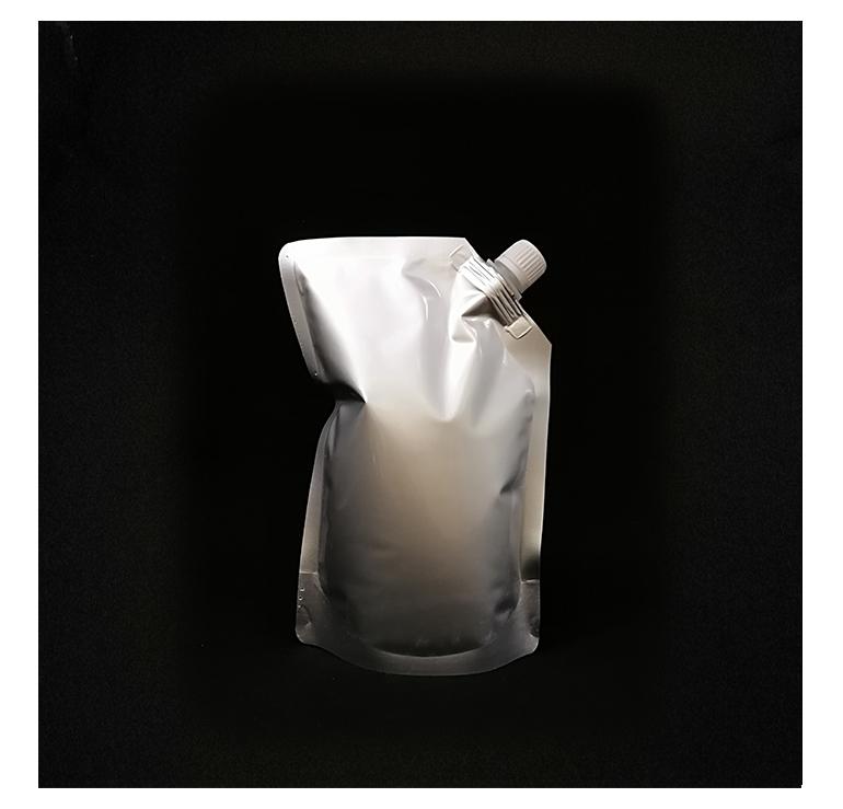 Nouveau type personnalisé impression 1000 ml en plastique tiennent la poche avec le bec