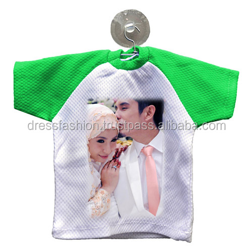 Mini T-Shirt with Print and Suctiion cup for hanging