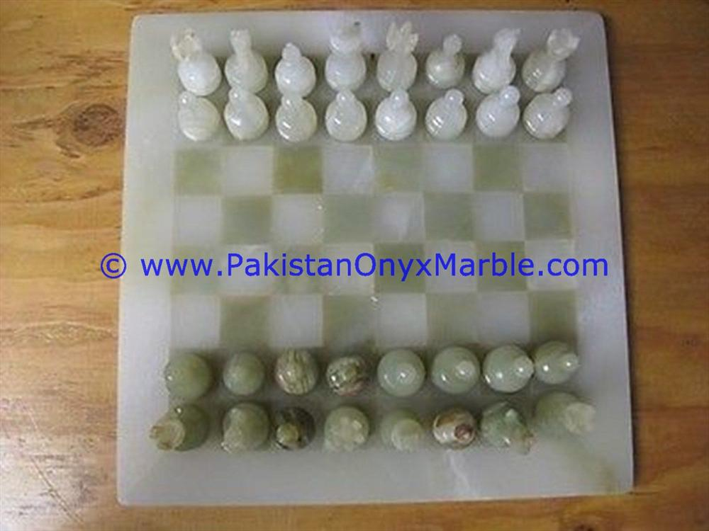 DECORATIVE ONYX CHESS SET BOARDS CHECKERS GAME WHITE ONYX GREEN ONYX