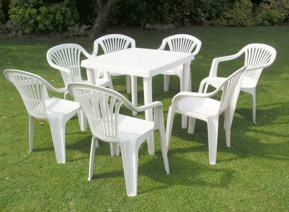 plastic table and chairs sets