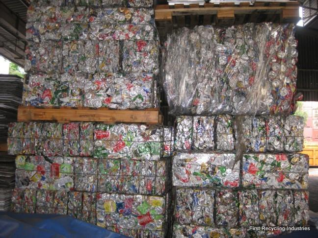 Hot washed 100% clear PET bottle scrap for sale