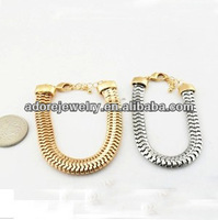 Impor Fashion Jewellery From Yi Wu Market Gold/Silver Chunky Chain Bracelet