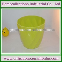 flower pot with a glazed rim and customized sizes