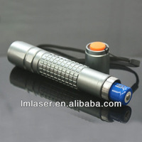 Super Strong Free Shipping High Power Green Laser Pointer 200mW Adjustable Focus Class 3 Green Rechargeable Burning Lazer