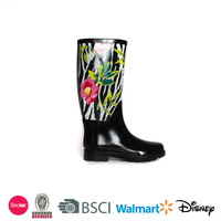 Flowers printing ladies natural rubber rain boots