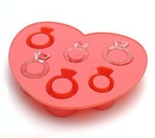 Blimg diamond shape silicone ice cube tray