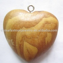 fashion heart shape wooden pendent