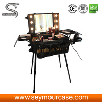 Rolling Beauty Case Rolling Makeup Station With Lights