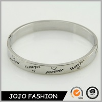 Latest design hot sale high quality eco-friendly jamaican bangle