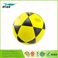 Brilliant quality official size and weight no stitch laminated street soccer ball