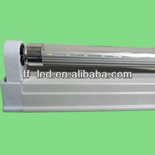 2012 the most popular and hottest sall led tube: T5 3528smd CE/ROHS compliant led tube light