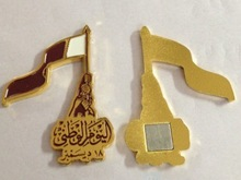 Free sample customized Qatar flag fighting badge with gift box