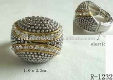 fashion metal crystal and acrylic rhinestones jewelry two tone plating colour stretch ring