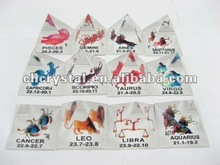 crystal pyramid,4cm Crystal 12 Zodiac Animal Pyramidal Figurines, pyramid paperweight MH-JT0049