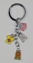 Clothes camisa y pantalones de metal key chain