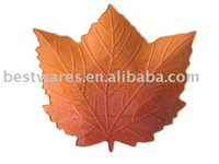 Fashion solid color maple leaf shape melamine decorative plate dish