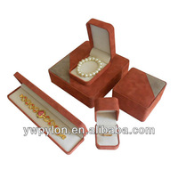 top grade and elegance leather jewelry set box