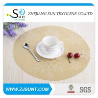 hotselling oval white vinyl placemats with snow