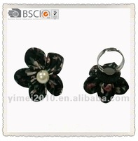 fashion cheap flower rings in black