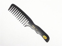 hair and scalp comb
