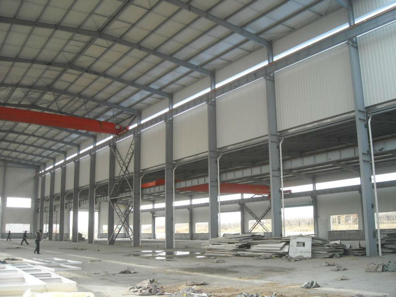 Good insulation and light color warehouse steel frame structure/steel frame/poutry shed/garage