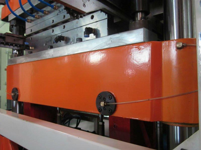 Máquina termoformadora de copa de vidrio completamente automática