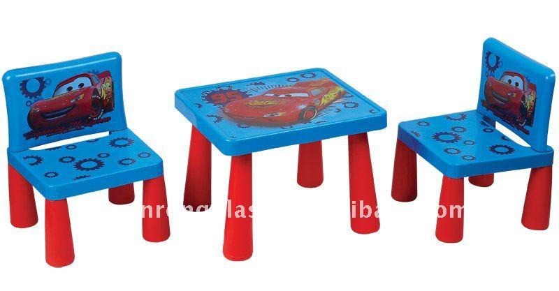 Tavoli Per Bambini In Plastica.Tavoli E Sedie Bambini Plastica Terredelgentile