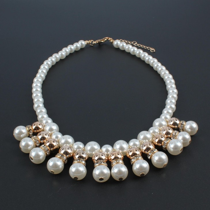 pearl collar necklace a6.JPG