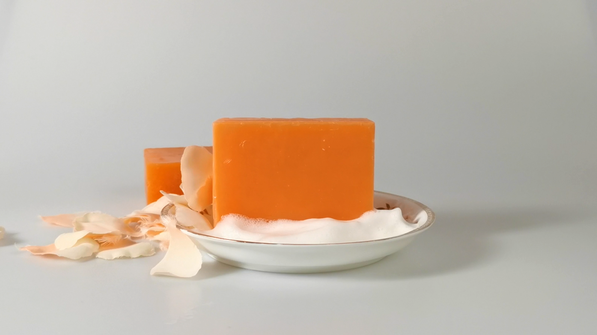 Commercio all'ingrosso Naturale Organico Bagno Corpo Alleggerimento Della Pelle Fatti A Mano Acido Cogico Sbiancamento Sapone