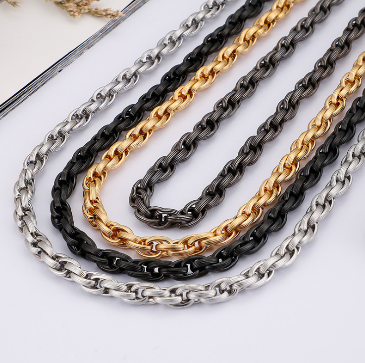 Men's chain necklace7.png