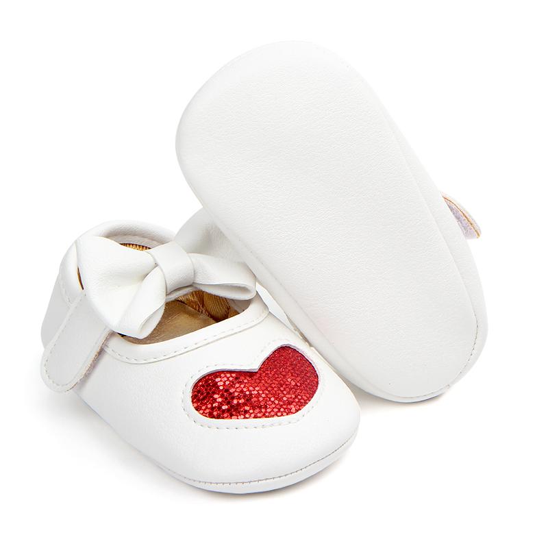 Детская обувь с блестками и узором в виде сердца для маленьких девочек
