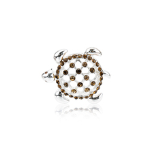 Charare Silver Plated hollowed-OUT Rhinestone Turtle เข็มกลัด