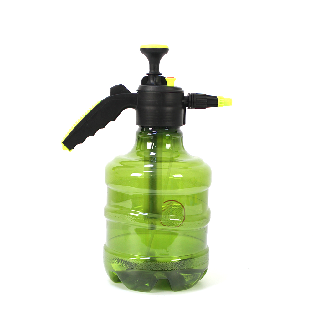Colorful portable plastic pressure spray bottle can be used to water the garden