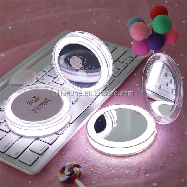 Customized design Mini Round Portable Makeup Mirror with light