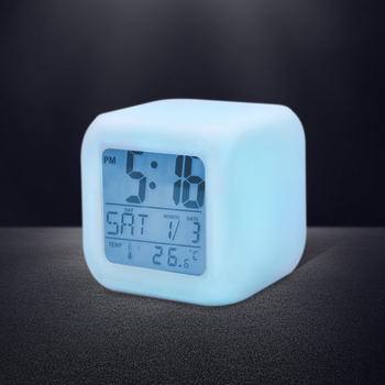 Promotion Gifts HIP 3AAA Battery 7 LED Change Colors Nightlight Time Data Week Thermometer Square LCD Digital Snooze Alarm Clock