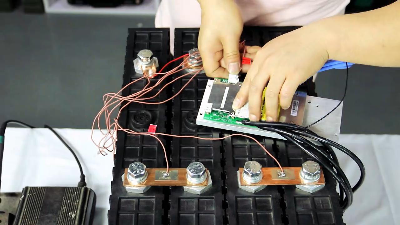 Recargable lifepo4 de la batería de litio de 3,2 V 400Ah 500AH para coche eléctrico del sistema solar