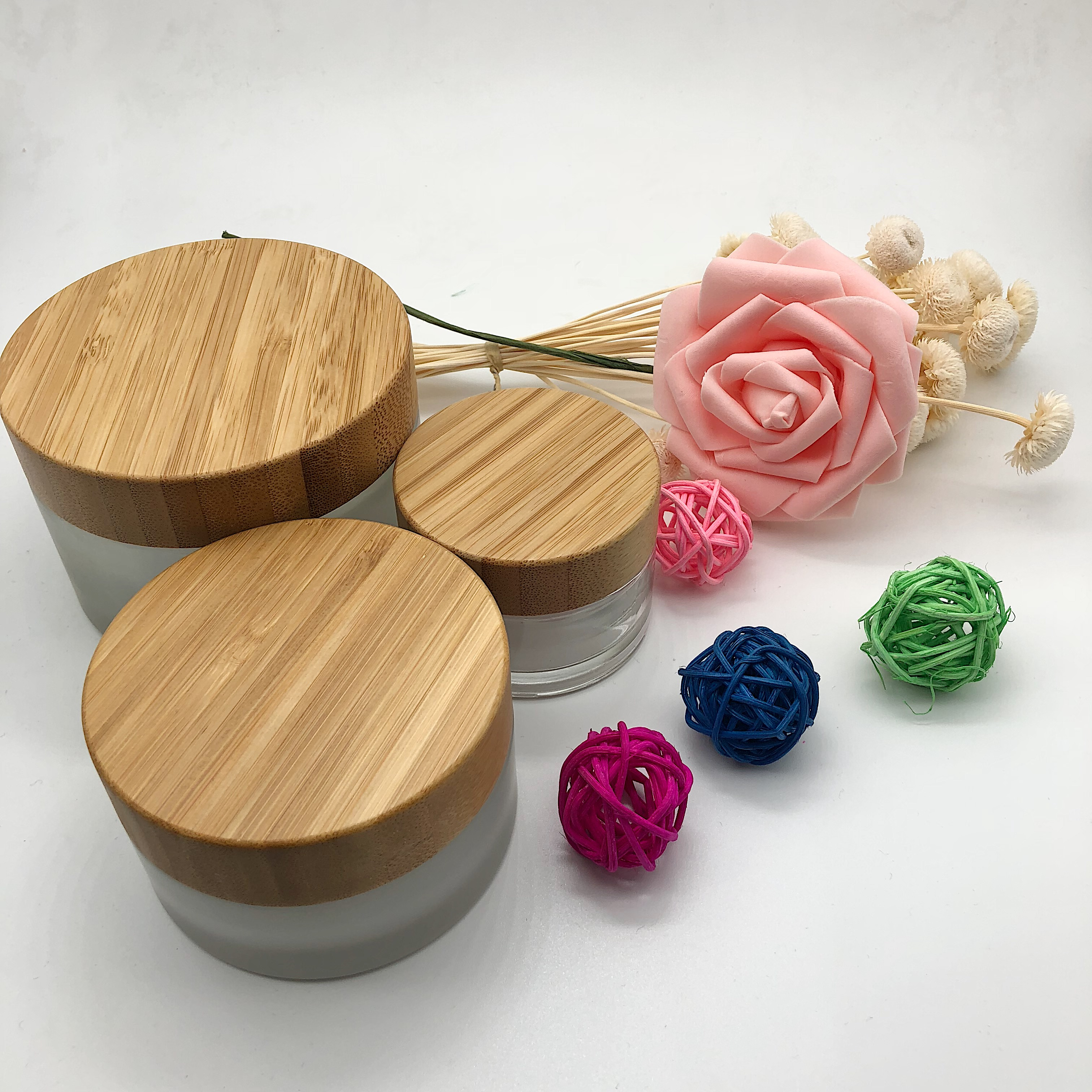 Luxury Cosmetic Glass Jar 15g 30g 50g 100g Frosted Cosmetic Glass Jars Bottles With Bamboo Lid