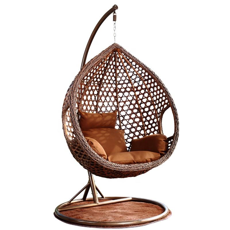 उच्च गुणवत्ता वाले पानी की बूंद स्विंग कुर्सियों के साथ धातु स्टैंड अवकाश पीई रतन फांसी कुर्सी