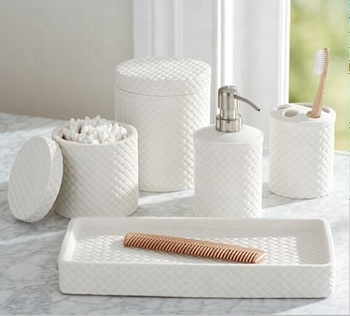 Wholesale hotel ceramic bathroom set, ceramic bath accessory set