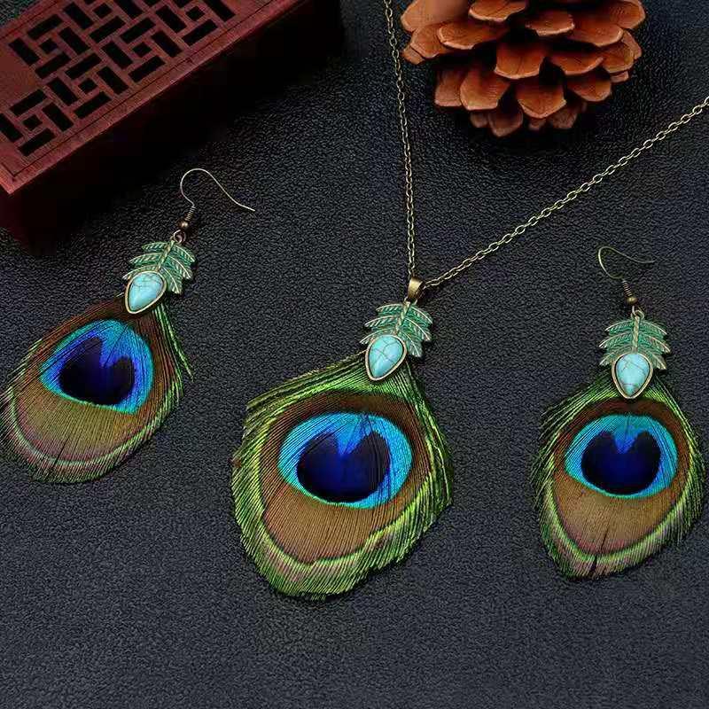 Quake Peacock Feather Pendant Earring Blue Color Fashion Design Girls Women
