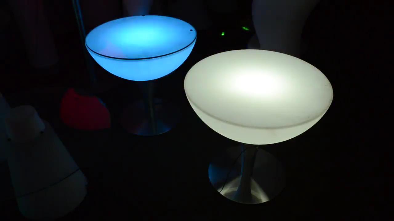 뜨거운 판매 다채로운 바 가구 LED 빛과 원격 제어
