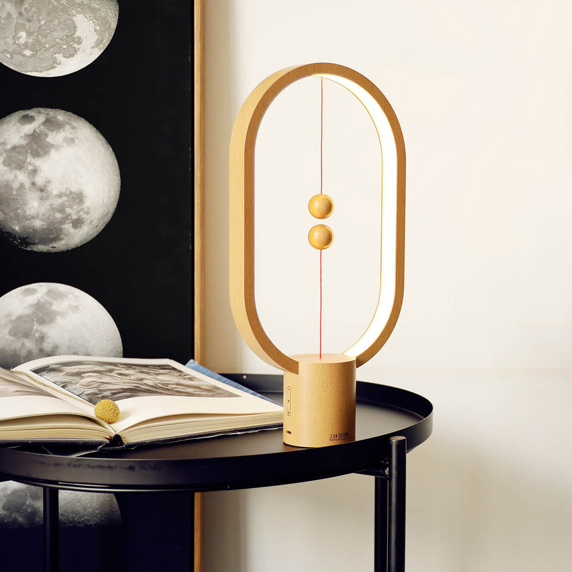Magnetic Heng Balance Christmas Night Lamp