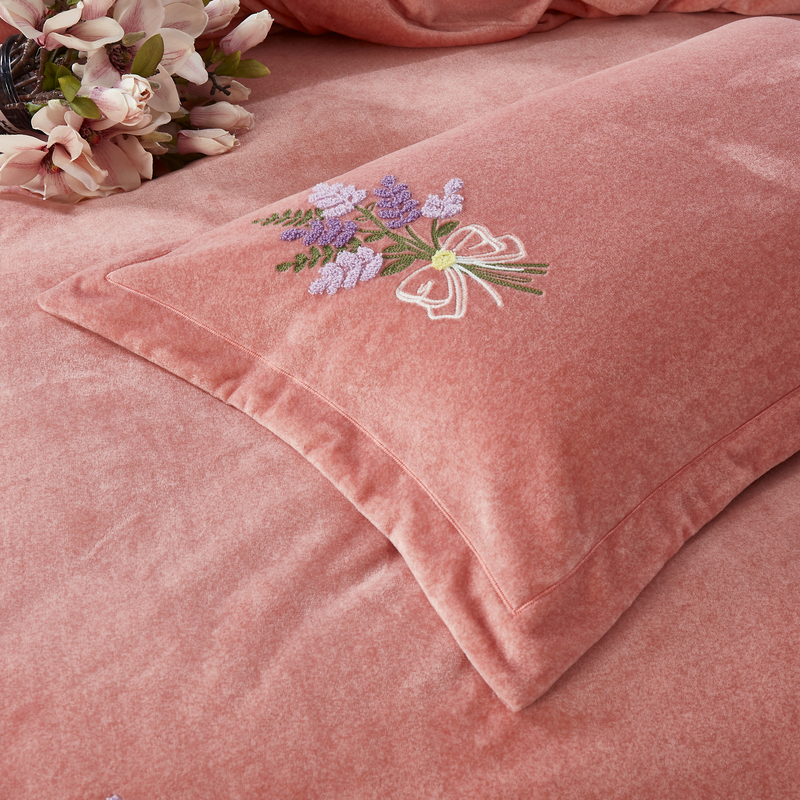 Queen Size 3D Pattern Milk Fiber Fabric Embroidered Duvet Cover Set