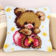 Набор для вязания крючком с мультяшной подушкой, фланелевый коврик для подушки «сделай сам», «Медвежонок», «Волчонок», «Кот»(Китай)