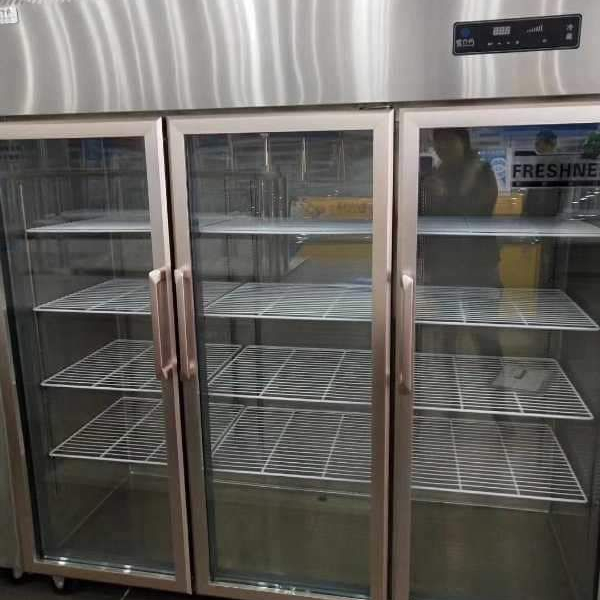 Commercial stainless steel  fruit and vegetable glass doors cooler displayer